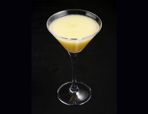 白桃マティーニ Peach Martini